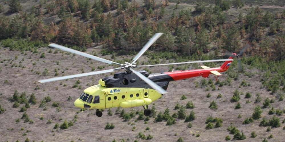 Вертолет авиакомпании UTair совершил аварийную посадку
